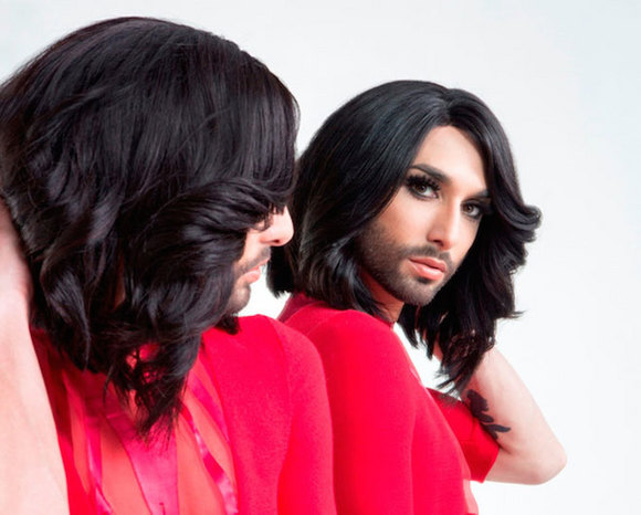 music150626_conchita04.jpg